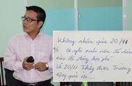 Ngày Nhà giáo Việt Nam  20/11: Giáo viên, hoa tươi và phong bì…
