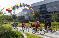 """Tin tức - """"Bạo tay"""" chi 1 tỉ USD, Google dễ dàng mua đứt công viên công nghệ Shoreline"""