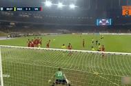 Tin tức - Video: Pha sút phạt hiểm hóc giúp Malaysia gỡ hòa 2-2