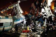 Tin thế giới - Thổ Nhĩ Kỳ: Tàu cao tốc đâm vào cầu vượt, 53 người thương vong