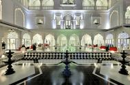 """""""Lâu đài"""" trắng 15 triệu USD của Khai Silk bất ngờ đổi chủ sau sự cố lụa gắn mác """"Made in China"""