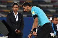 Tin tức - Những thay đổi đáng chú ý trong luật thi đấu Asian Cup 2019: Công nghệ VAR tái xuất