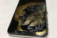 iPhone XS Max bất ngờ phát nổ, bốc khói trong túi quần người dùng