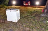 Tin tức - Kinh hoàng phát hiện 3 em nhỏ chết thương tâm trong tủ đông lạnh