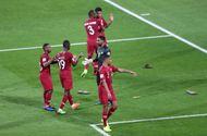 Tin tức - AFC điều tra vụ CĐV UAE ném giày dép vào cầu thủ Qatar tại Asian Cup 2019