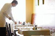 Chủ nhà hàng bị phạt 23 tỷ đồng vì ăn chặn tiền boa của nhân viên