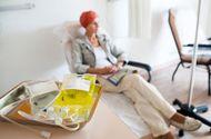 Sức khoẻ - Làm đẹp - Bí quyết giúp bệnh nhân vượt qua được quá trình truyền hóa chất