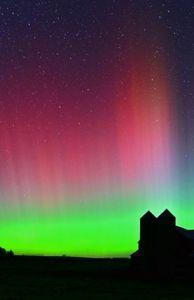 Chuyện lạ - Bắc cực quang tráng lệ trên bầu trời Bắc Mỹ