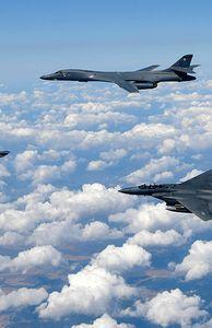 - Kho máy bay quân sự của Triều Tiên có gì?
