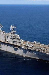 - Chiếc tàu siêu đổ bộ tấn công của Mỹ suýt mang tên địa danh Việt Nam khủng thế nào?