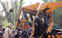 - Hiện trường vụ tai nạn trên cầu Phú Mỹ khiến 3 người chết