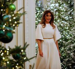 - Bà Trump khiến Nhà Trắng lung linh trong mùa Giáng sinh