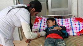 Sự kiên: 8 người chết vì ngộ độc rượu ở Lai Châu