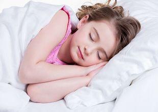 Trẻ em béo phì có liên quan đến thiếu ngủ?