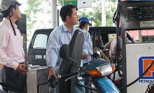 Doanh nghiệp - Vừa giảm giá doanh nghiệp xăng dầu lại đòi tăng