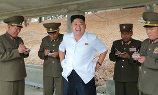 """Thế giới 24h - Báo TQ: Xe tăng Triều Tiên đến biên giới là chuyện """"bình thường"""""""