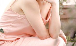 Ngôi Sao - Tóc Tiên gợi cảm xuống phố với thời trang váy ngủ