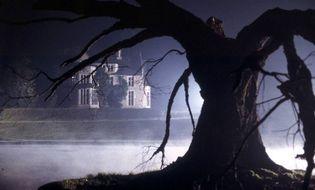 """Phim Ảnh - Danh sách những ngôi nhà ma """"ám ảnh"""" nhất trong phim kinh dị"""