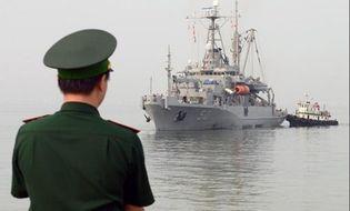 Sự kiện hàng ngày - Vì sao Mỹ chưa bỏ cấm vận vũ khí sát thương với Việt Nam?