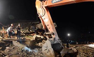 Thế giới 24h - Lở đất ở Trung Quốc, 7 người chết, 20 người mất tích