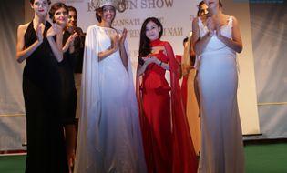 Thời trang & Làm đẹp - BST của Trang Cherry hút hồn doanh nghiệp thời trang Châu Âu