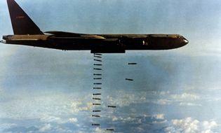 """Hồ sơ - Không quân Mỹ """"bó tay"""" trong Chiến tranh Việt Nam"""