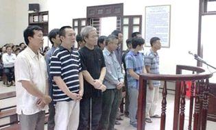 Tin pháp luật - 8 năm tù cho trùm buôn lậu xăng dầu lớn nhất xứ Thanh
