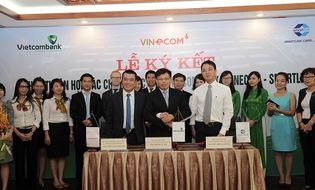 Tài chính - Doanh nghiệp - Vietcombank ký thỏa thuận hợp tác với Smartlink và  Vinecom