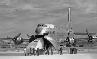 Hồ sơ - Bí ẩn Khu vực 51 tuyệt mật trên sa mạc của Không quân Mỹ