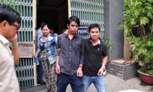 Miền Trung - 5 giờ nghẹt thở giải cứu nam thanh niên đòi nhảy lầu tự tử