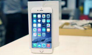 Sản phẩm số - Dân buôn lỗ cả trăm triệu vì giá iPhone 6 giảm không phanh