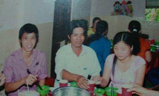 Miền Nam - Chú rể nửa năm trốn trong rừng vì cô dâu có 3 giấy khai sinh