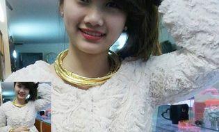 Cộng đồng mạng - Cô gái đeo 8 cây vàng khiến cư dân mạng tò mò