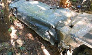 Xã hội - Đào móng nhà thấy lựu đạn, tìm người chết thấy xác máy bay