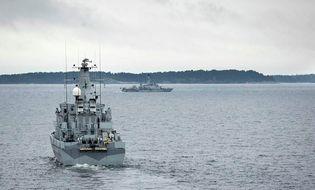 Thế giới 24h - Thụy Điển lập vùng cấm bay truy tìm tàu ngầm bí ẩn