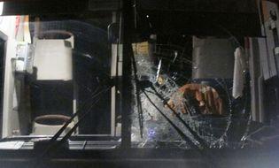 Tây Nguyên - 3 xe khách tiếp tục bị ném đá, chặn đường