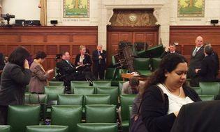 Thế giới 24h - Thủ tướng Canada ẩn náu trong tủ khi xảy ra nã súng