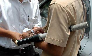 An ninh - Hình sự - Bắt một trung úy CSGT nhận hối lộ