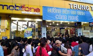 Sản phẩm số - Lumia 530 giá 530.000 đồng, đóng cửa hàng vì quá đông khách