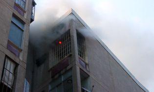 Sự kiện hàng ngày - Cháy chung cư Mười mẫu, hàng trăm người hốt hoảng tháo chạy