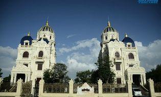 Bất động sản - Cận cảnh lâu đài đôi choáng ngợp của đại gia Ninh Bình