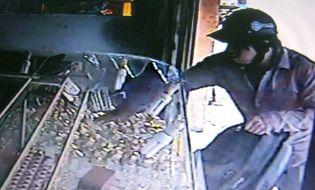 Pháp luật - Clip: Những vụ cướp tiệm vàng táo tợn gây chấn động dư luận