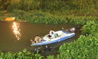 Miền Nam - Trốn công an truy đuổi, 2 thanh niên nhảy cầu Sài Gòn