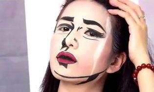 """Giải trí - Clip: Nữ sinh xinh đẹp phút chốc hóa """"ma nữ"""" đêm Halloween"""