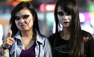 """Giới trẻ - Ngắm thiếu nữ trước và sau hóa trang thành """"ma nữ"""" đêm Halloween"""