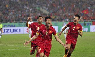 Thể thao - Video: Hàng thủ chơi tệ hại, tuyển Việt Nam hòa tiếc nuối