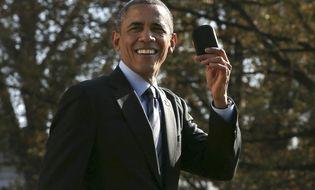 Thế giới 24h - Khoảnh khắc hài hước khi Tổng thống Obama để quên điện thoại