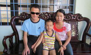 Miền Trung - Chuyện tình cổ tích của đôi vợ chồng mù