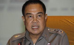 Thế giới 24h - 7 sĩ quan cảnh sát Thái Lan bị bắt, tịch thu tiền và xe sang