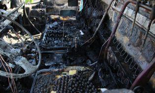Xã hội - TPHCM: Xe ben bốc cháy trên cầu Nhị Thiên Đường